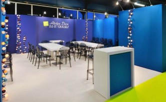 Accueil visiteurs stand expositions